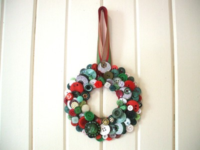 Button_wreath_2